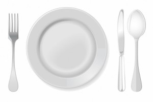 plate-with-spoon-knife-and-fork-242039